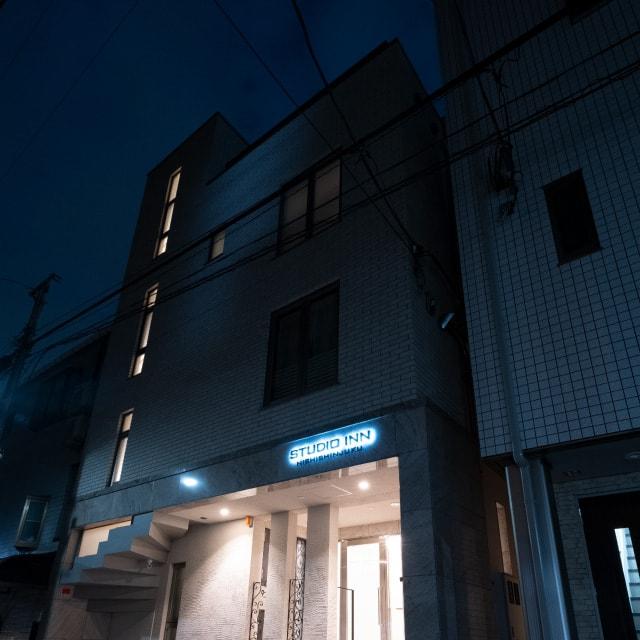STUDIO INN NISHISHINJUKU night image